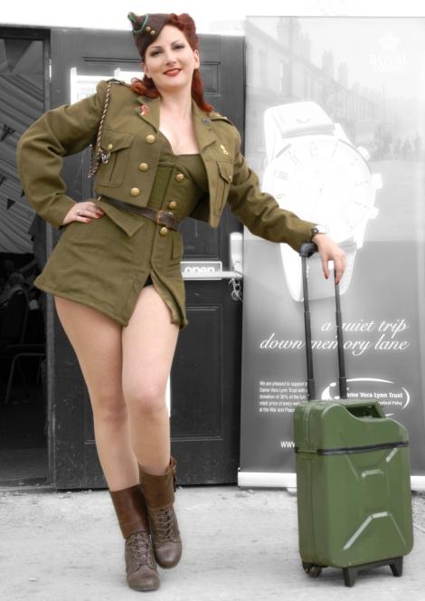 qjerrycan_luggage